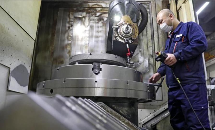 民营装备制造企业开足马力促生产